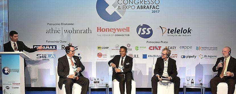 Congresso & Expo ABRAFAC: Painel FM of the World ofereceu debate de alto nível