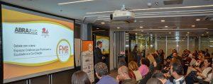 """FM Debate: Sucesso de público e inovação do formato marcam evento sobre """"Diversidade"""""""