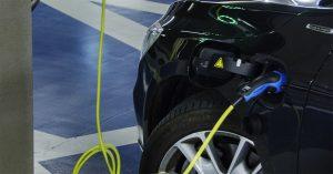 Carregar Veículo Elétrico: esclarecendo dúvidas sobre plugues e padrões